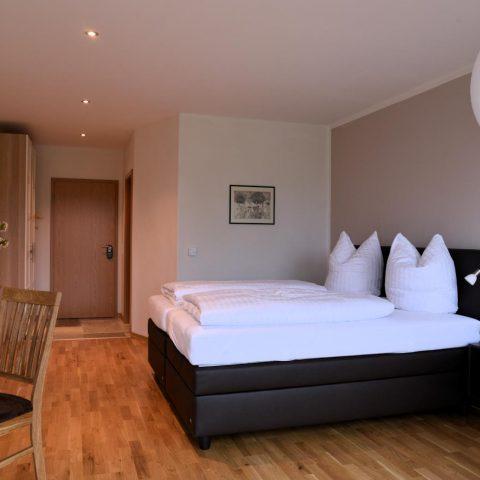 Zimmer 018